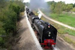 【美文转载】在南下的火车上-席慕蓉 | 一星期荐一本书 梨花阁